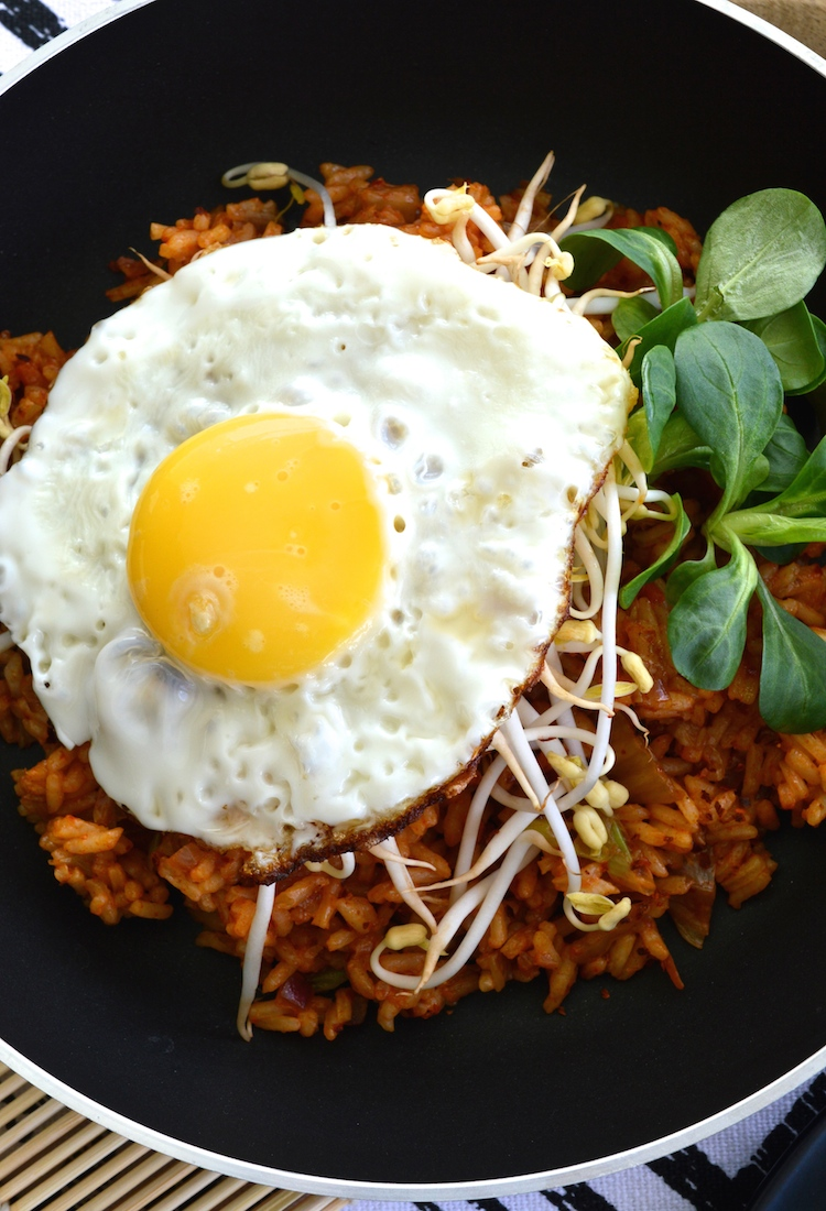 Kimchi Fried Rice With Gochujang And A Crispy Fried Egg - Sadie's ...